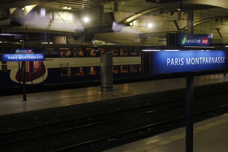 2011-06-18 paris 15e - gare montparnasse