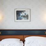 2012-05-23 nyon - hotel tableau