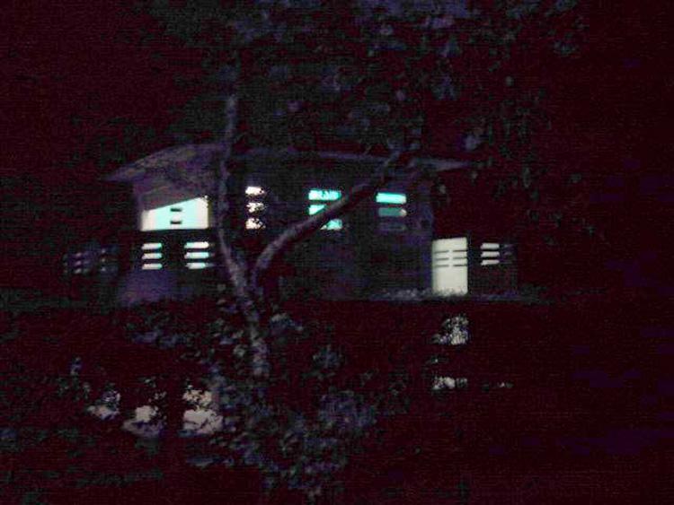2000-07 toilettes publiques_lyon